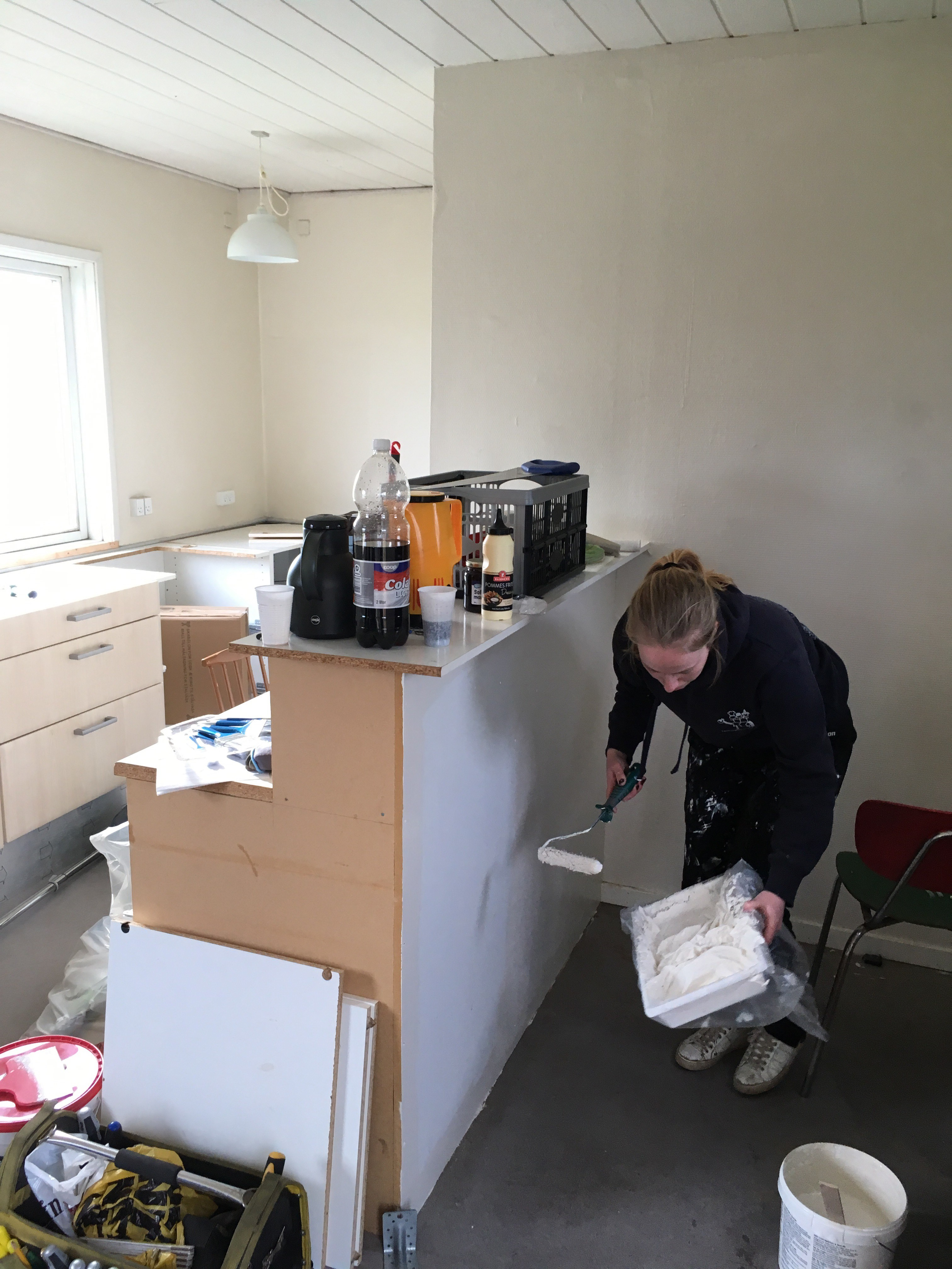 Køkkenet males